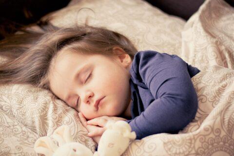Ein guter Schlaf ist wichtig - für jung und alt.